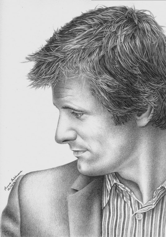 Viggo in profile Matita su carta 33x24cm.